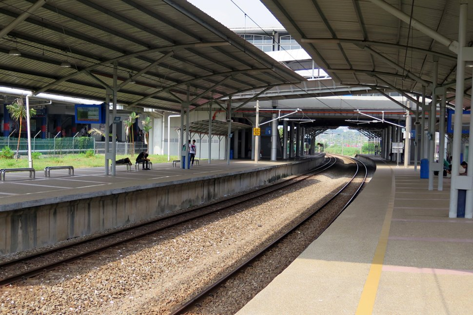 Boarding platform at the KTM station