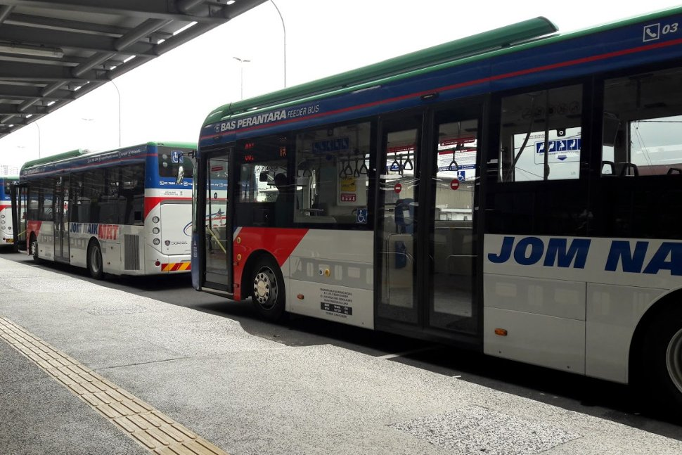 Feeder buses waiting at station