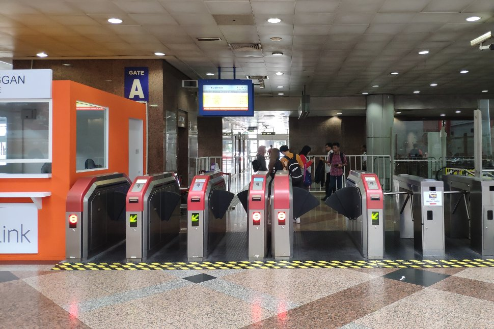 Faregates for the Skypark Link at KL Sentral KTM station
