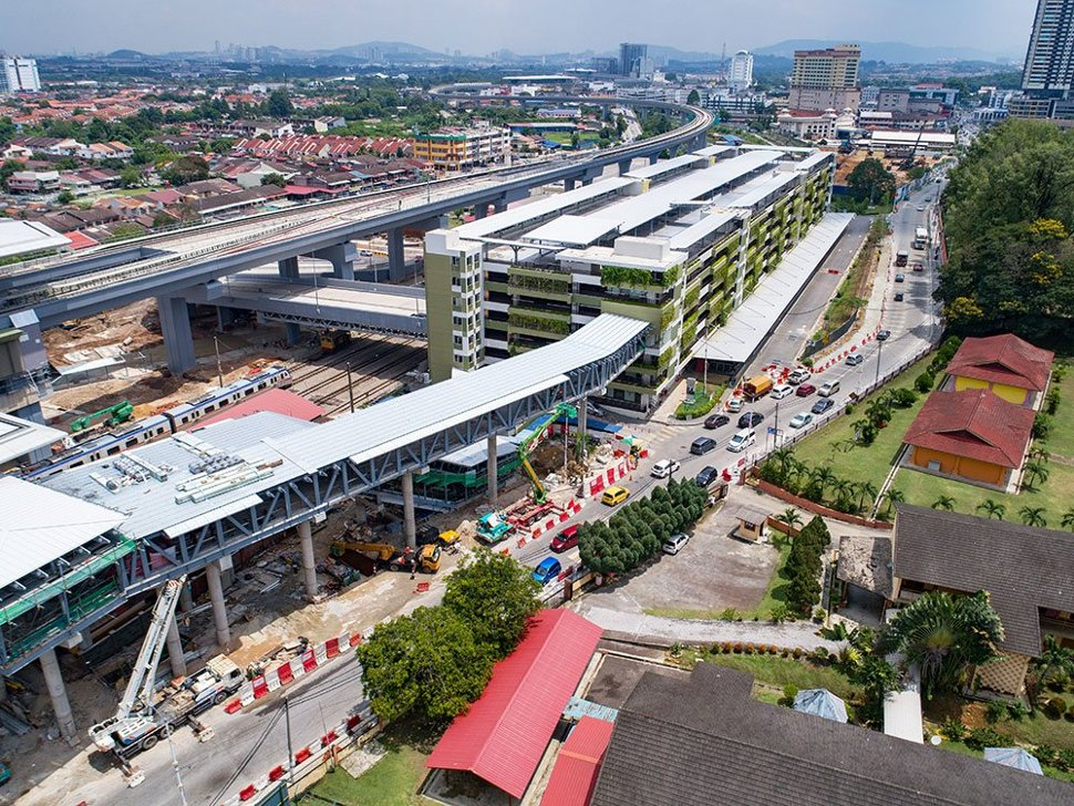 Aerial view of the pedestrian access to the multi-storey park and ride building from the Kajang Station. Apr 2017
