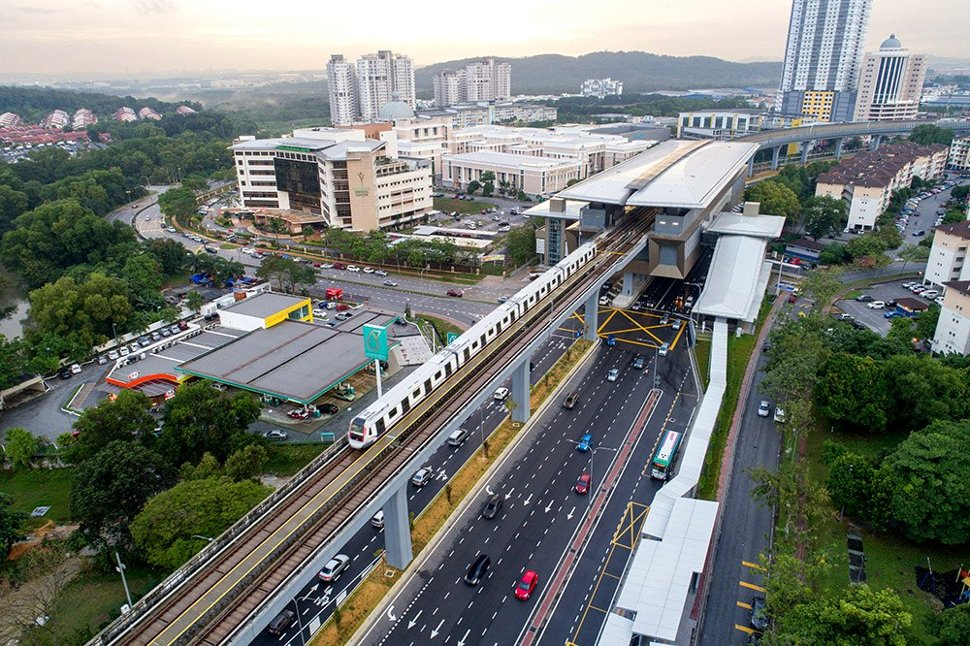 Aerial view of Kota Damansara MRT station