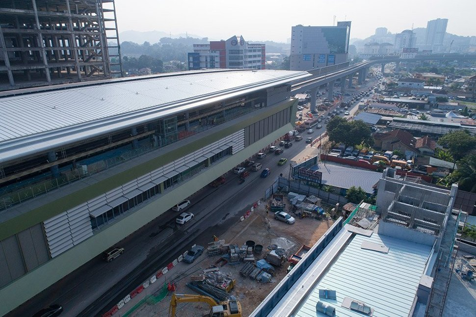 External cladding works at the Sungai Jernih Station. Jan 2017