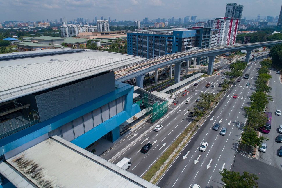 Park and ride facility at Taman Midah station