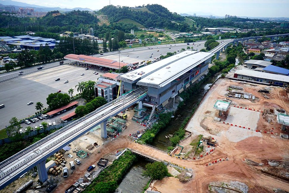 View of the construction of the Bandar Tun Hussein Onn Station. Jan 2016