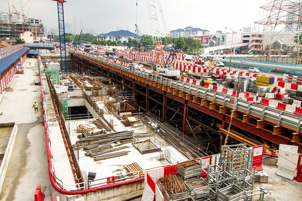 View of the station site, where the Roof Slab for the Adits B and C area is being constructed. May 2015