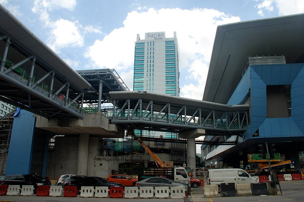 View of the Mutiara Damansara Station with the pedestrian link bridge from Entrances B and C to the station. (Sep 2016)
