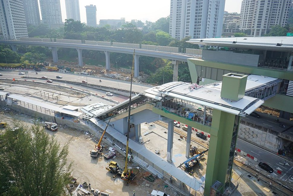 View of the escalator that is being built for access to the Pusat Bandar Damansara Station from Jalan Johar. (Mar 2016)