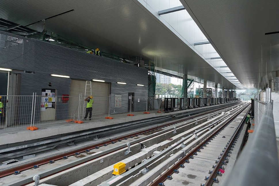 The completed train tracks at the Pusat Bandar Damansara Station. (Mar 2016)
