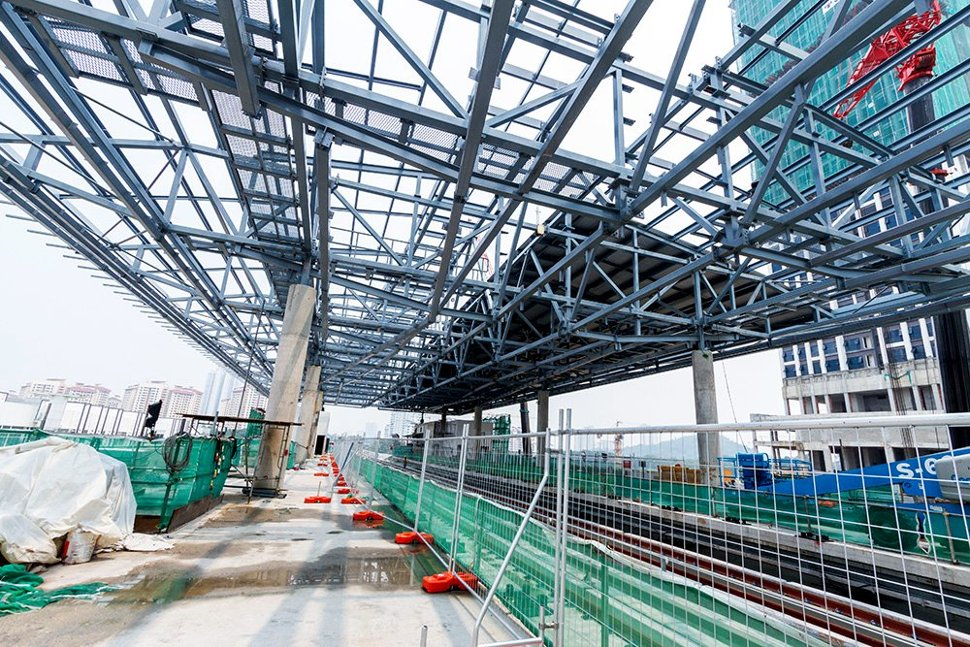 Roof structure being installed at the Surian Station. (Oct 2015)