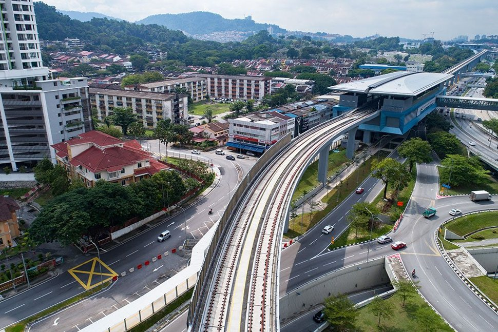 Aerial view of the completed Taman Pertama MRT Station. (Apr 2017)