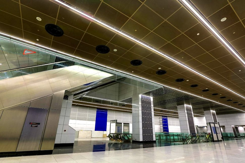 Concourse level of Tun Razak Exchange station (Jul 2017)