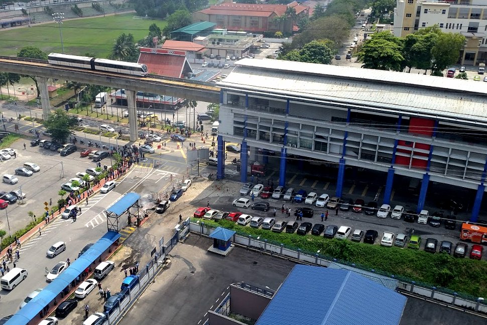 Aerial view of Taman Jaya LRT station