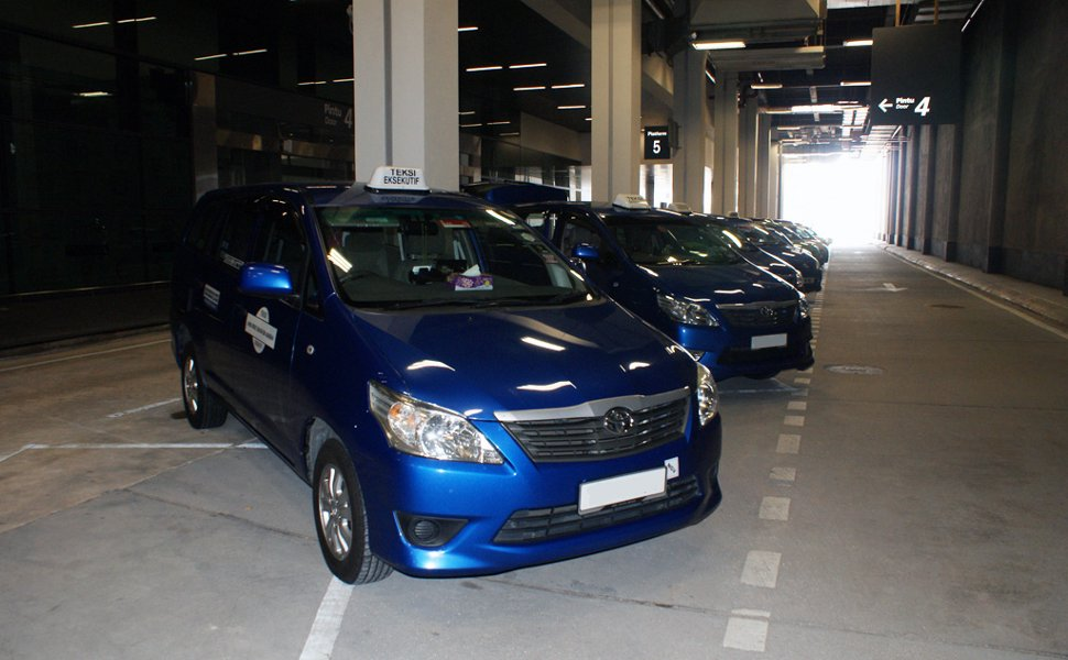 Premier taxis waiting at Transportation Hub
