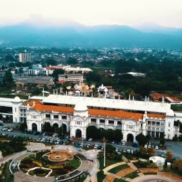 How to go to Ipoh