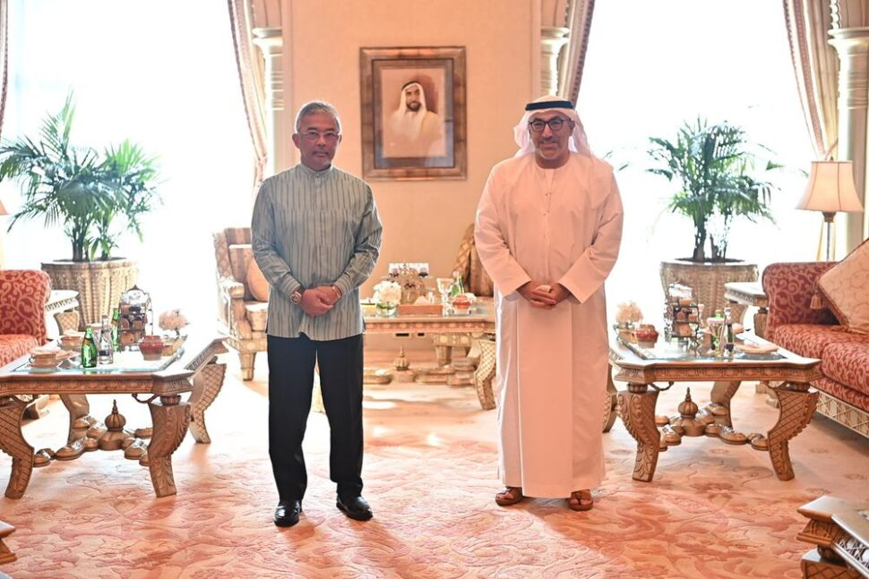 Yang di-Pertuan Agong Al-Sultan Abdullah Ri'ayatuddin Al-Mustafa Billah Shah (left) granted an audience to the Minister of Health and Prevention of the United Arab Emirates (UAE) Dr Abdul Rahman Mohammed Al Owais, at the Emirates Palace, Dec 23,2020. — Bernama pic