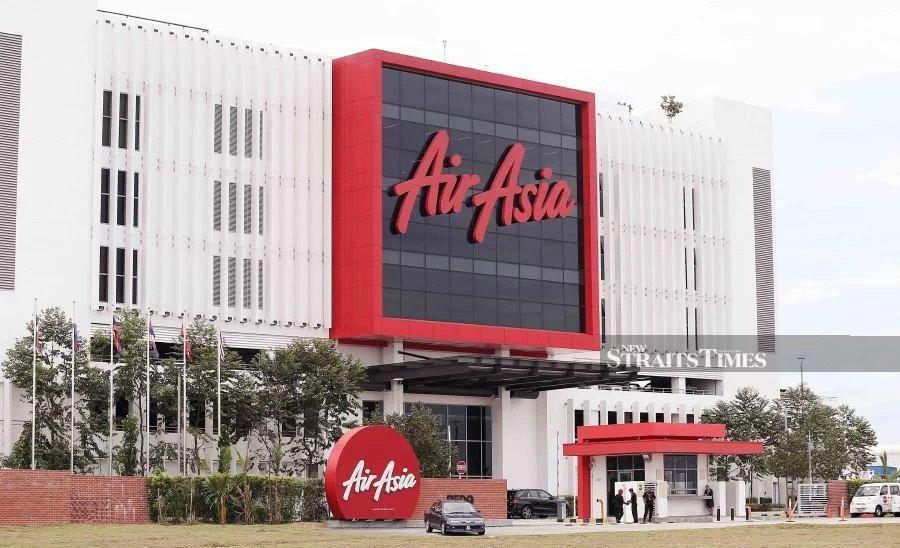 AirAsia guests will have reason to celebrate on Tuesday as it proceeds with the implementation of the reduced passenger service charge (PSC) at klia2 and other international airports in Malaysia where it operates. (NSTP/SAIFULLIZAN TAMADI)
