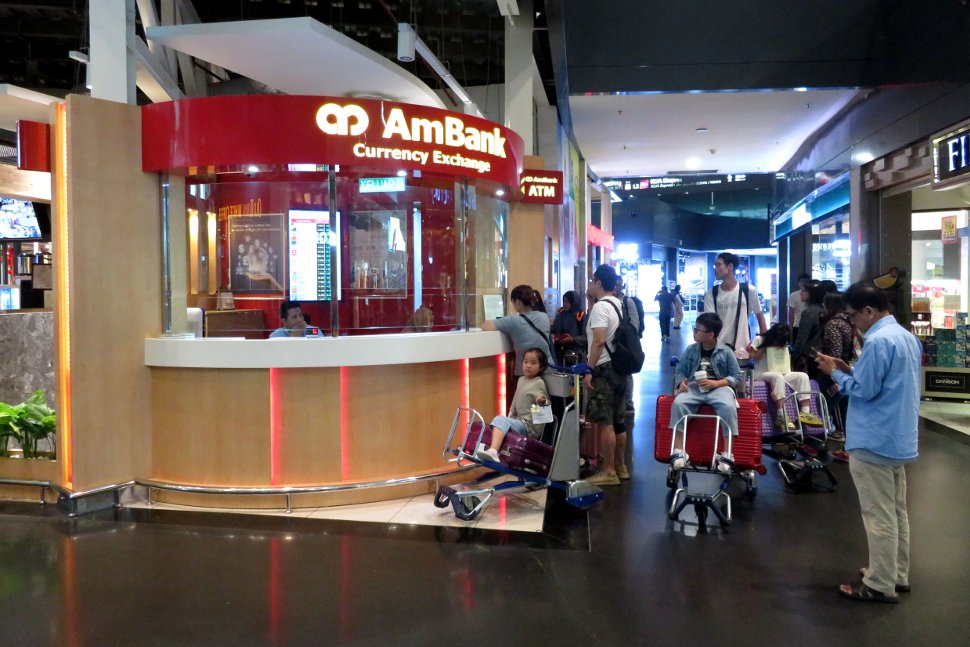 Ambank Currency Exchange at level 3 of Gateway@klia2 mall