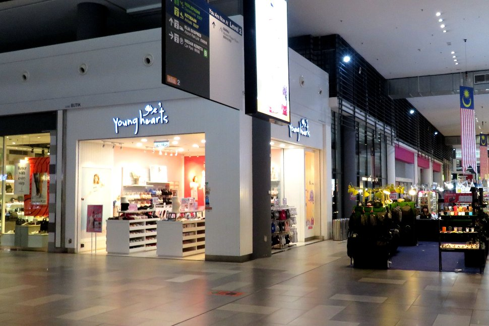 Young Hearts store at Gateway@klia2 mall