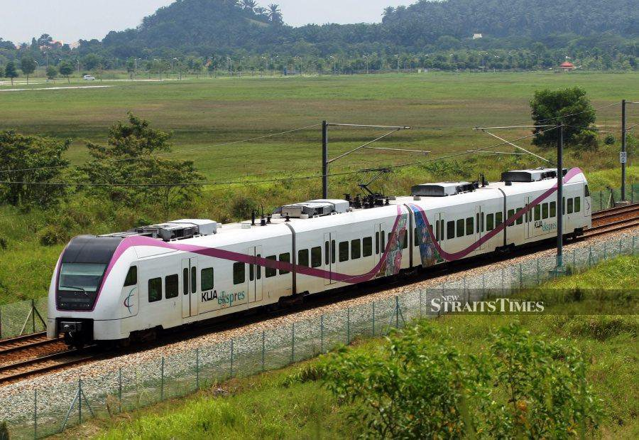 Express Rail Link (ERL) said, the revised schedule will see trains run with 30-minute intervals during peak hours (7am-9am and 4pm-7pm) and with 60-minute intervals off-peak hours.