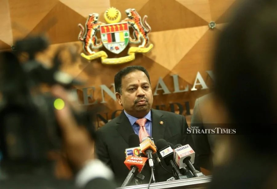 MIC president Tan Sri SA Vigneswaran says that with the assistance of the Foreign Ministry and the Indian High Commission, it had brokered a win-win deal to bring 1,116 stranded Malaysians back from India. - NSTP/File pic